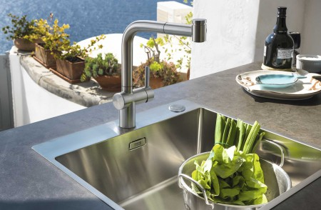 Monomando de cocina Atlas Neo Pull-Out Spray de Franke